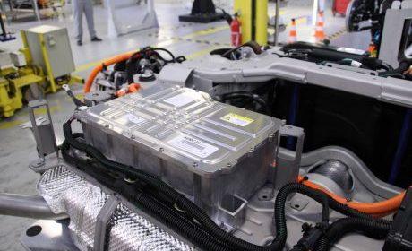 PSA prepara la producción de su gama híbrida recargable.