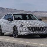 El nuevo Hyundai Elantra N-Line se insinúa en unas primeras imágenes